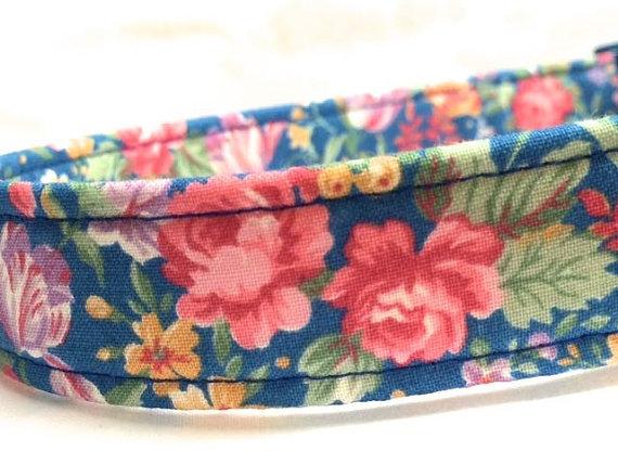 زفاف - Blue Boy Girl Dog Collar Wedding Old Fashioned Flowers by Pinkys Pet Gear on Etsy