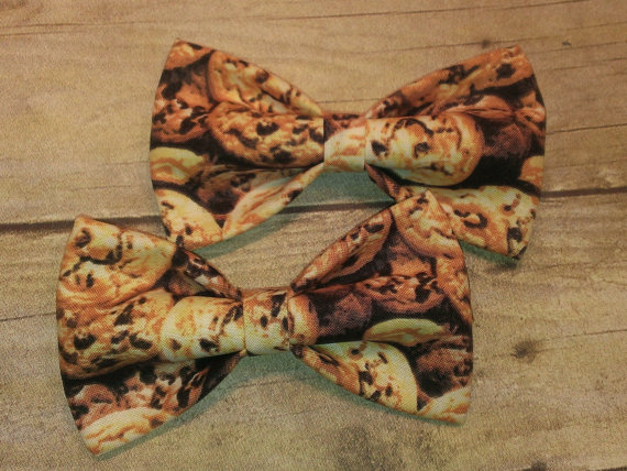 Свадьба - Chocolate Chip Cookies Bow Tie, Hair Clip, Headband or Pet Bow Tie