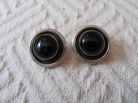Hochzeit - Vintage Sterling Onyx Clip on Earrings