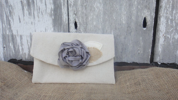 Свадьба - Rustic Wedding Clutch Grey Bridesmaid Purse Peony Clutch Bridal Purse Burlap Rustic Wedding Burlap Wedding Bridesmaid Gift Idea Under 25