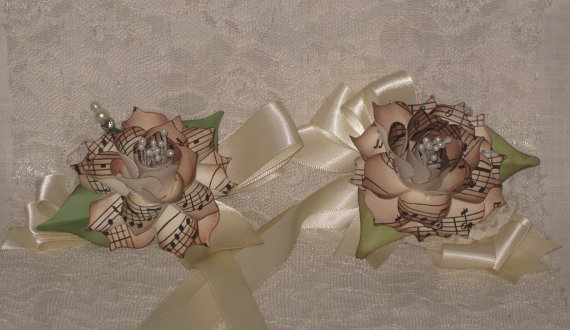 Mariage - Wedding Corsage Vintage Inspired Hand Sculpted Music Note Designed Flowers ESC