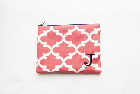 Mariage - Quatrefoil Make up Bag  - in Coral Fulton - Clutch - Zipper Pouch - Medium - Wedding Gifts - Bridesmaid Gifts - Wedding Favors