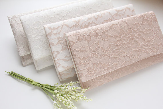 Mariage - Lace Clutches, Wedding Clutches, Set of 8 Clutches, Bridesmaid Purse, Alternative Wedding Bouquet, Personalized Gift, Champagne Clutches