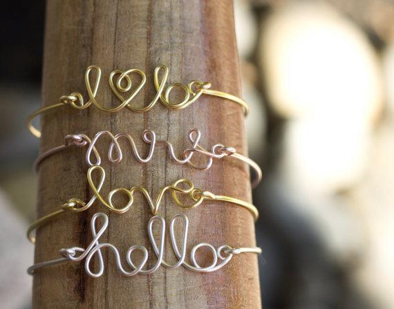 Свадьба - Custom Wire Bangle, Wire Word Bracelet, Love Bracelet, Mrs Bracelet, Personalized Bracelet, Bangle, Bridesmaids Bracelet