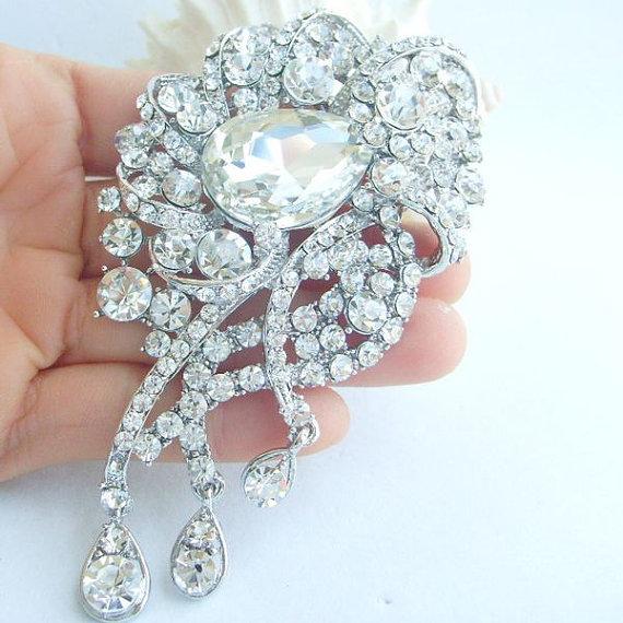 Mariage - Wedding Jewelry Retro Style Stunning Rhinestone Crystal Flower Bridal Brooch Pin, Wedding Decorations, Brooch Bouquet, Gifts - BP05955C5