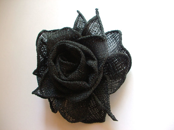 Mariage - Black Rose,Linen Mesh Flower Broosh,Handmade Valentine/ Wedding Accessory,Gauze Linen Rose Brooch,Corsage Flower,Ready to ship,Shabby Chic