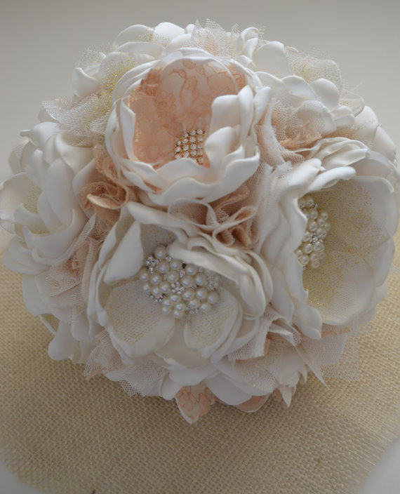 Свадьба - Fabric Bouquet - Ivory and Gold -Large and Small Size Bouquet - Fabric Flower Bouquets, Cream and Gold, Gold Metal Brooches, Metallic