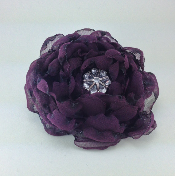 Свадьба - Eggplant Purple Crinoline Flower Corsage for a Dog or a Cat Collar