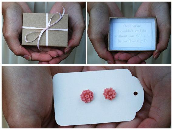 Hochzeit - Flower Girl Box - Will You Be My Flower Girl - Flower Girl Invitation - Flower Girl Earrings - Custom Flower Girl Box - Be My Flowergirl