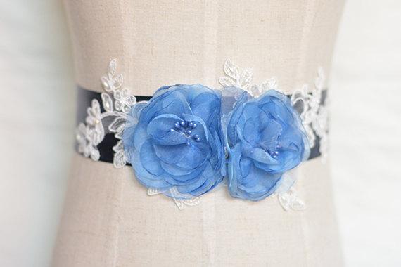 Свадьба - rhinestone beaded bridal sash, crystal bridal sash,jewelry blue wedding sash, bridal belt hand-made, wedding belt, rhinestone beaded sash