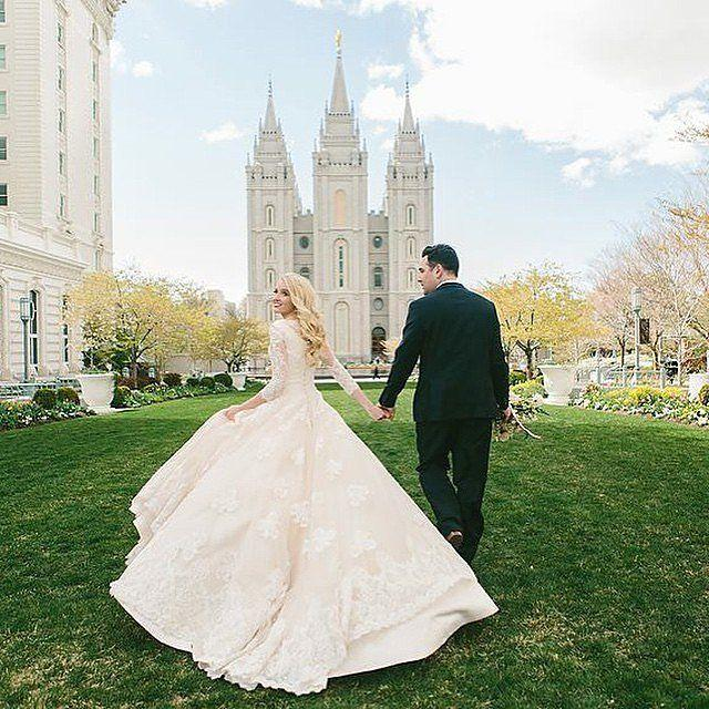 Hochzeit - 25 Photos That Will Convince You To Go Modest On Your Wedding Day