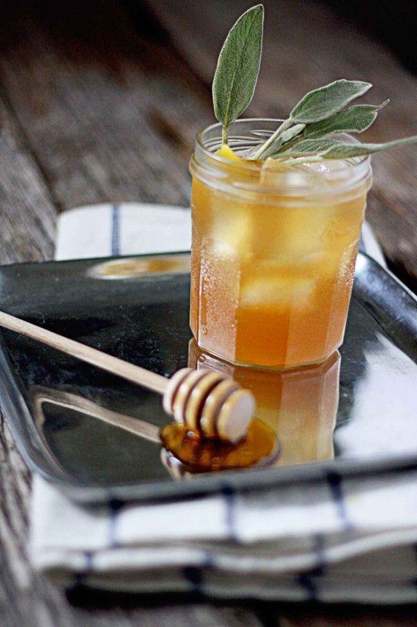 Hochzeit - The Hibernating Honey Bear - Bourbon With Honey Sage Syrup