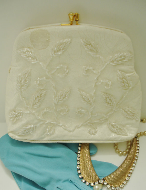 زفاف - Vintage Walborg Mid Century White Patent Beaded Purse/Handbag/clutch for Wedding/Event/Prom