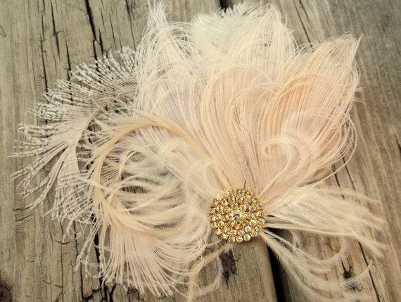 زفاف - Wedding Hair Clip, Bridal Fascinator, Gold Brooch, Feather Fascinator, Ivory Wedding Fascinator,Ivory Hair Clip, Ivory Wedding Hair Clip