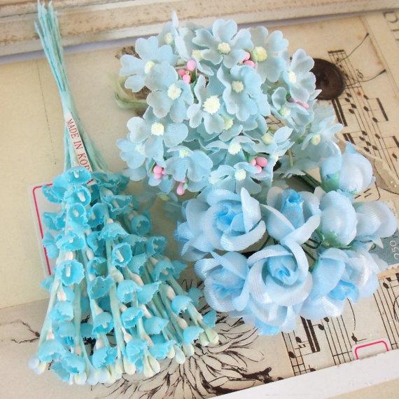 زفاف - Vintage / Petite Posies / Sampler of Blues / Set of Three Mini Bouquets / Lily of the Valley / Rosebuds & Hydrangea