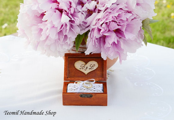 زفاف - Ring Box, Ring Bearer Box, Personalized  Wedding Ring Pillow