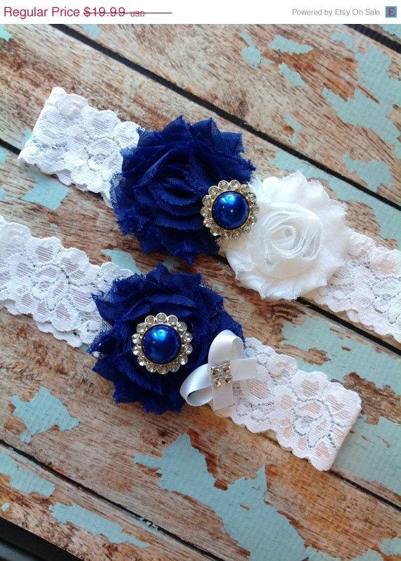 Hochzeit - Sale ((LOOK)). ROYAL BLUE  wedding garter set / bridal  garter/  lace garter / toss garter included /  wedding garter / vintage inspired