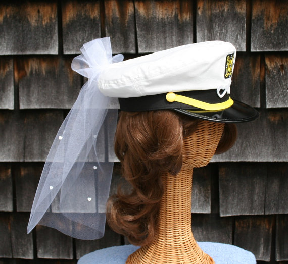 Hochzeit - Bridal CAPTAIN'S Hat with Veil - trimmed with HEARTS perfect for Nautical Bachelorette Party, Destination Wedding or Honeymoon ... #200-VH