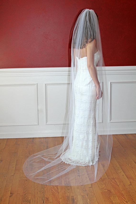 Mariage - Long Bridal Veil Chapel Length Wedding Veil Long Veil Tulle 92 inch White Ivory Shimmer Veils Sparkle Veils White Veils Ivory Veils
