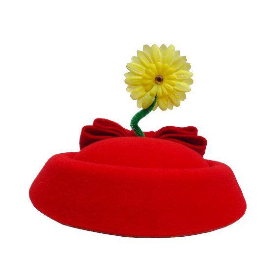 زفاف - Vintage Style Pillbox Cocktail Sailor Hat  in Red with Yellow Flower and Minnie Bow - Original Design By Hat And Mouse