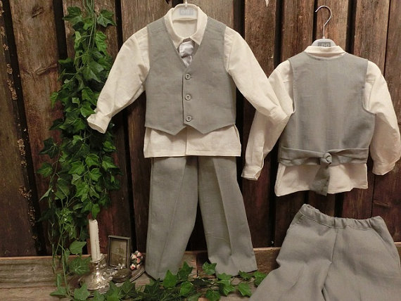 Свадьба - Grey boys linen suit. Grey ring bearer outfit, boys suit. Toddler boy formal wear. Linen pants and vest, cotton shirt. Boys wedding attire