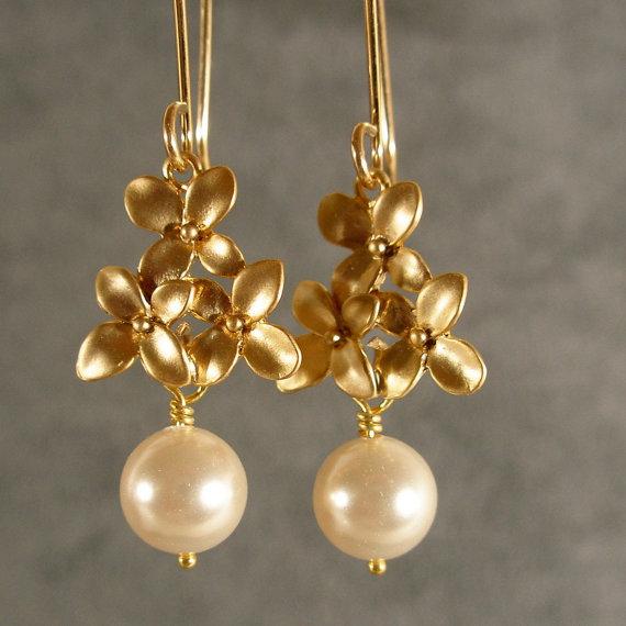 Mariage - Pearl Cherry Blossom Dangle Gold Bridesmaid Earrings, Pearl Earrings, Gold Earrings, Bridesmaid Jewelry, Wedding Earrings (3488Wnr)