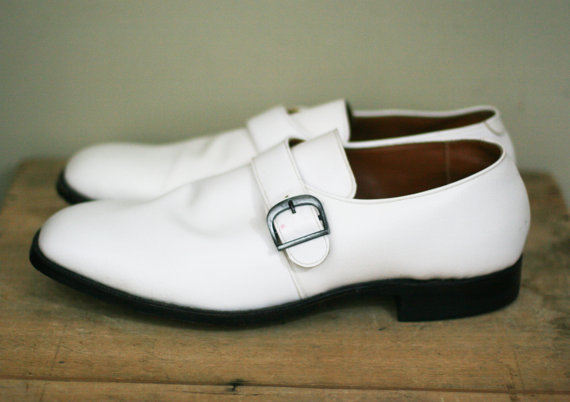 Mariage - vintage white man made material mens shoes very large J C Penny's wedding shoes