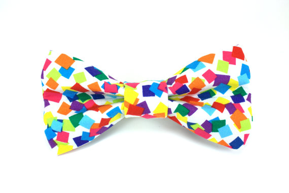 Свадьба - Colorful Rainbow Confetti Removable Dog Bow Tie / Birthday Dog Bow Tie / Made to Order