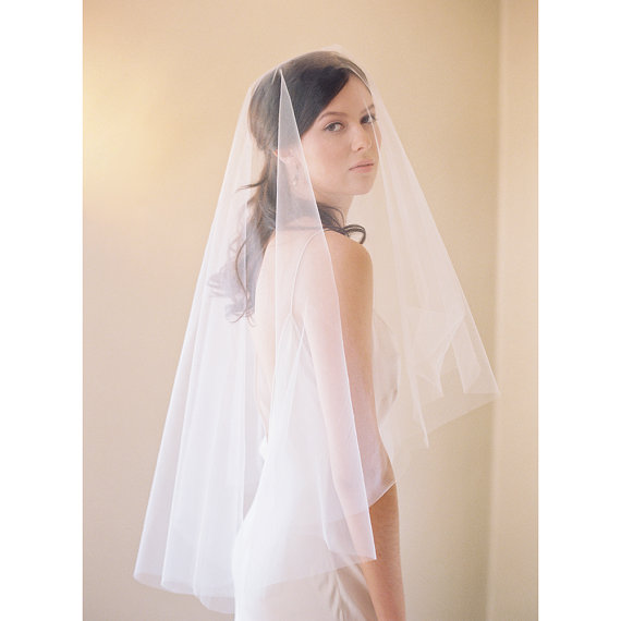 Mariage - Bridal veil, blusher veil, circle veil, mantilla, drop veil, cut edge, Style 2037