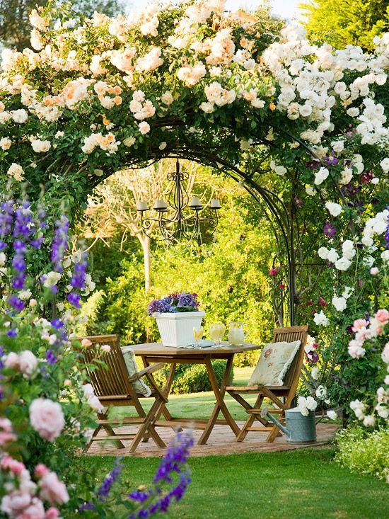 Mariage - Arbors And Trellises In The Landscape