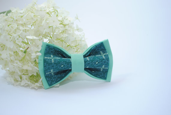 Mariage - EMBROIDERED jade green bowtie Can be made by order in other shades of green In Pine Moss Emerald Olive Lime colours Pattern jade light green