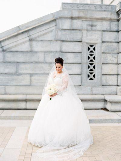 Свадьба - 18 Over-The-Top Glam Wedding Details That Wow