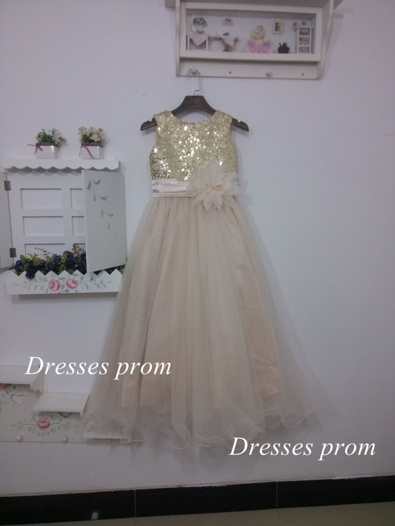 Mariage - ankle length Gold Sequins Tulle Flower Girl Dress Silver Shallow champagne Country Wedding Baby Girls Dress Rustic Baby Girl Dress 2015