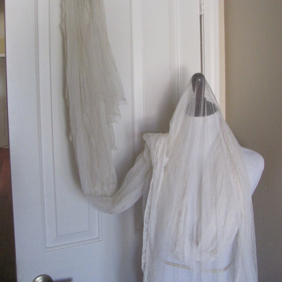"""Mariage - Antique Victorian Sheer Ivory 120"""" Long Tulle Lace Wedding Mantilla Veil"""