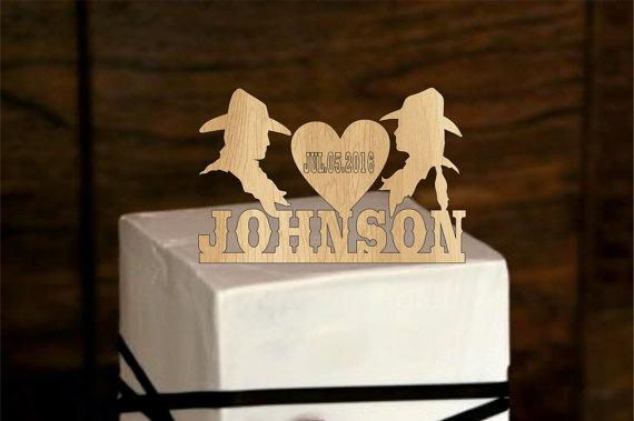 Свадьба - Cowboy Personalized Cake Topper - rustic Wedding Cake Topper - Monogram Cake Topper - deer cake topper - redneck - Bride and Groom, western