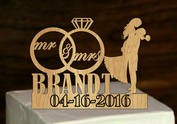 Hochzeit - Personalized Wedding Cake Topper with Ring,Last Name Cake Topper,Mr and Mrs,Custom cake topper,Silhouette Wedding Cake topper,Rustic Topper