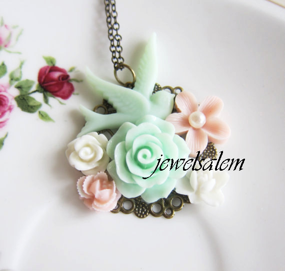 Mariage - Shabby Chic Necklace Mint Green Pink Wedding Bridesmaid Necklace Bird Flower Floral Necklace Woodland Bridal Jewelry Customizable Gift SB