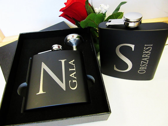 Wedding Gift Ideas For Bestman And Ushers: Groomsmen Gift Set Of 7 Personalized Matte Black Flask