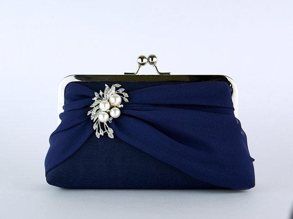 Mariage - Silk Chiffon Clutch with Brooch, Wedding clutch, Wedding bag, Bridal clutch, Purse for wedding