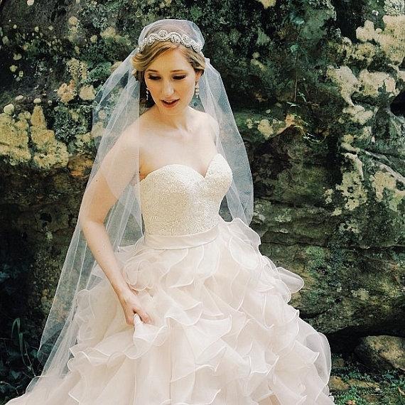 زفاف - Great Gatsby Cap Veil, Juliet Cap Veil, Vintage Inspired Tulle Veil, Juliet Veil, Rhinestones, Crystals, Art Deco - The Tara Veil