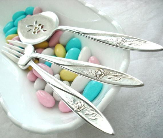 Mariage - Custom Wedding Cake Server and Matching Cake Forks - Morning Rose 1960 - Wedding Decor - Table Setting