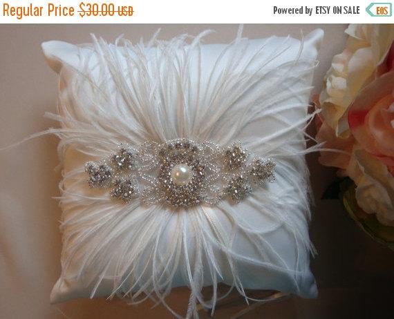 Свадьба - ON SALE Ivory Ring Bearer Pillow - Rhinestone Ring Bearer Pillow - Feather Wedding Pillow - Satin Ring Bearer Pillow