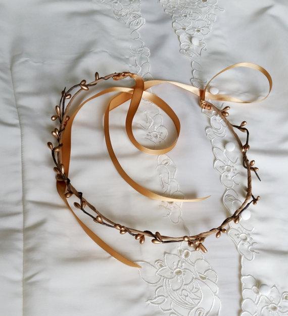 Свадьба - Gold Flower Crown, Grecian Tiara Stefana, Bridal Head Piece Flower Girl  halo, Wedding accessories pip berry Renaissance headwreath