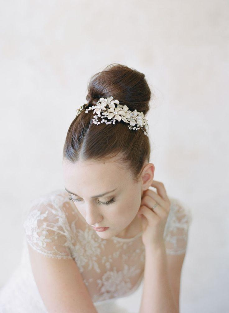 Свадьба - Enamel Flower Garden Combs Pair- Style #559