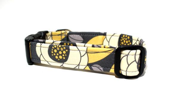 Свадьба - Georgia Bloom Dog Collar / Grey and Yellow Dog Collar / Wedding Dog Collar / Girl Dog Collar / Made to Order