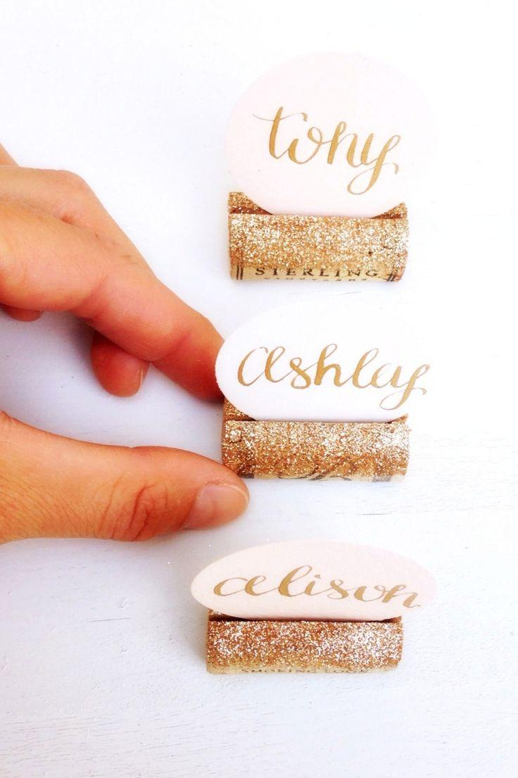 Hochzeit - A Very Sparkly Wine Cork Place Card Holder With Gold Glitter