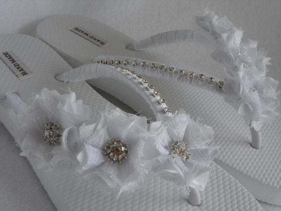 Mariage - White Bridal Flip-Flops / Wedding White Flip Flops / Flowers Flip Flops / Pearl - Rhinestones Flip Flops