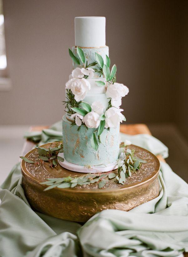 Hochzeit - Wedding Wednesday: Romantic Mint   Ivory Wedding Inspiration