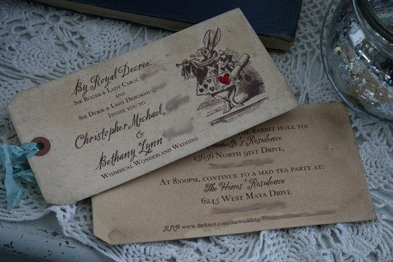 زفاف - Alice in Wonderland Invitations - vintage style, custom invitations and matching envelopes - Set of 30