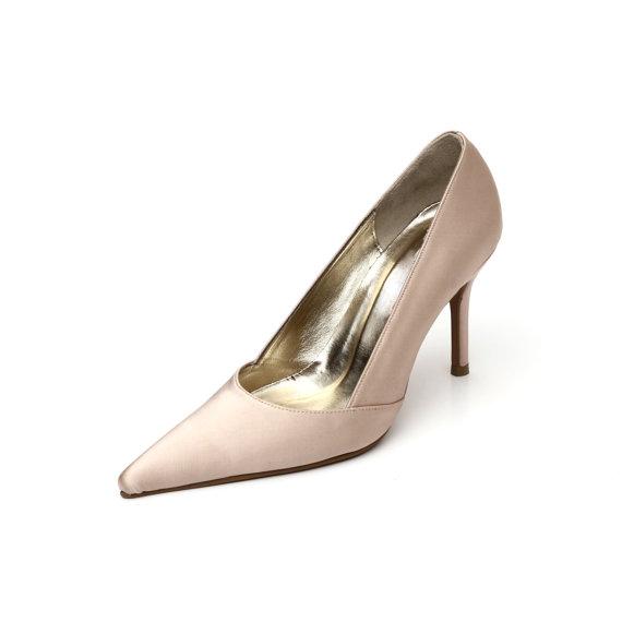 Mariage - Custom Made Blush Satin High  Pointy Heels. Satin Pointy Toe Wedding Shoes. Satin Bridal Heels. Blush Wedding Shoes. Custom Made  Shoes